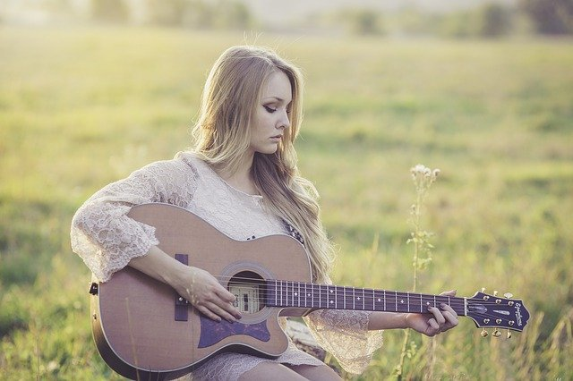 Playing The Guitar Beginner Tips And Tricks
